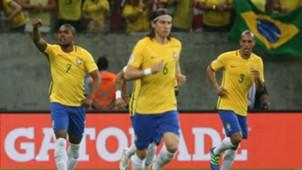 Douglas Costa Filipe Luis Miranda Brasil 25032016