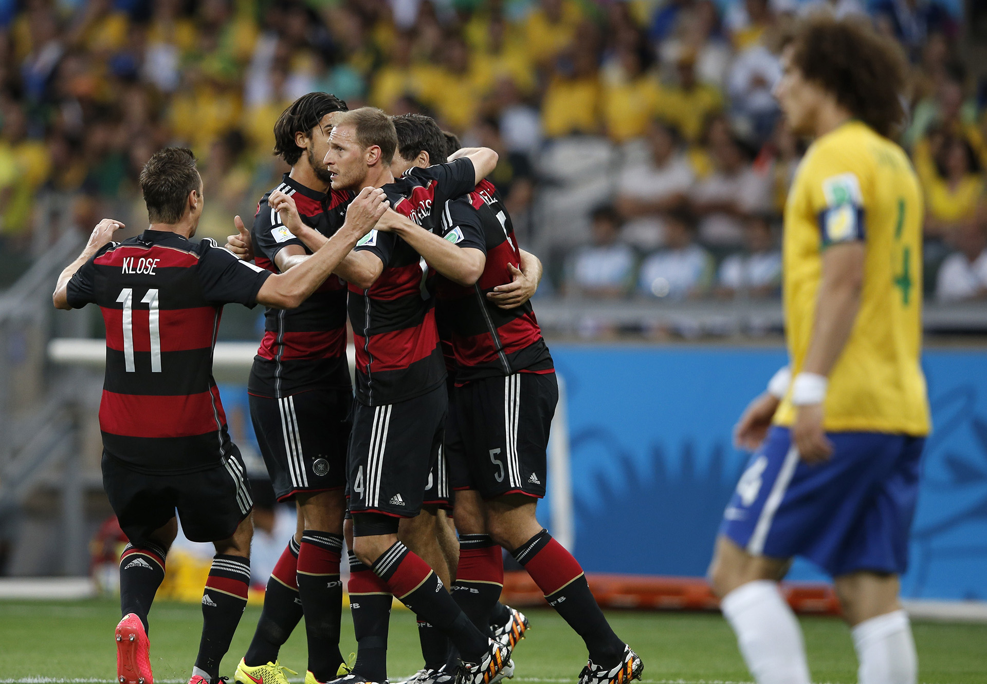 Muller goal celebration Brazil Germany 2014 World Cup Quarter-final 07082014