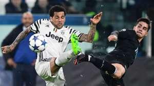 Daniel Alves Juventus x Porto Champions League 14 03 2017