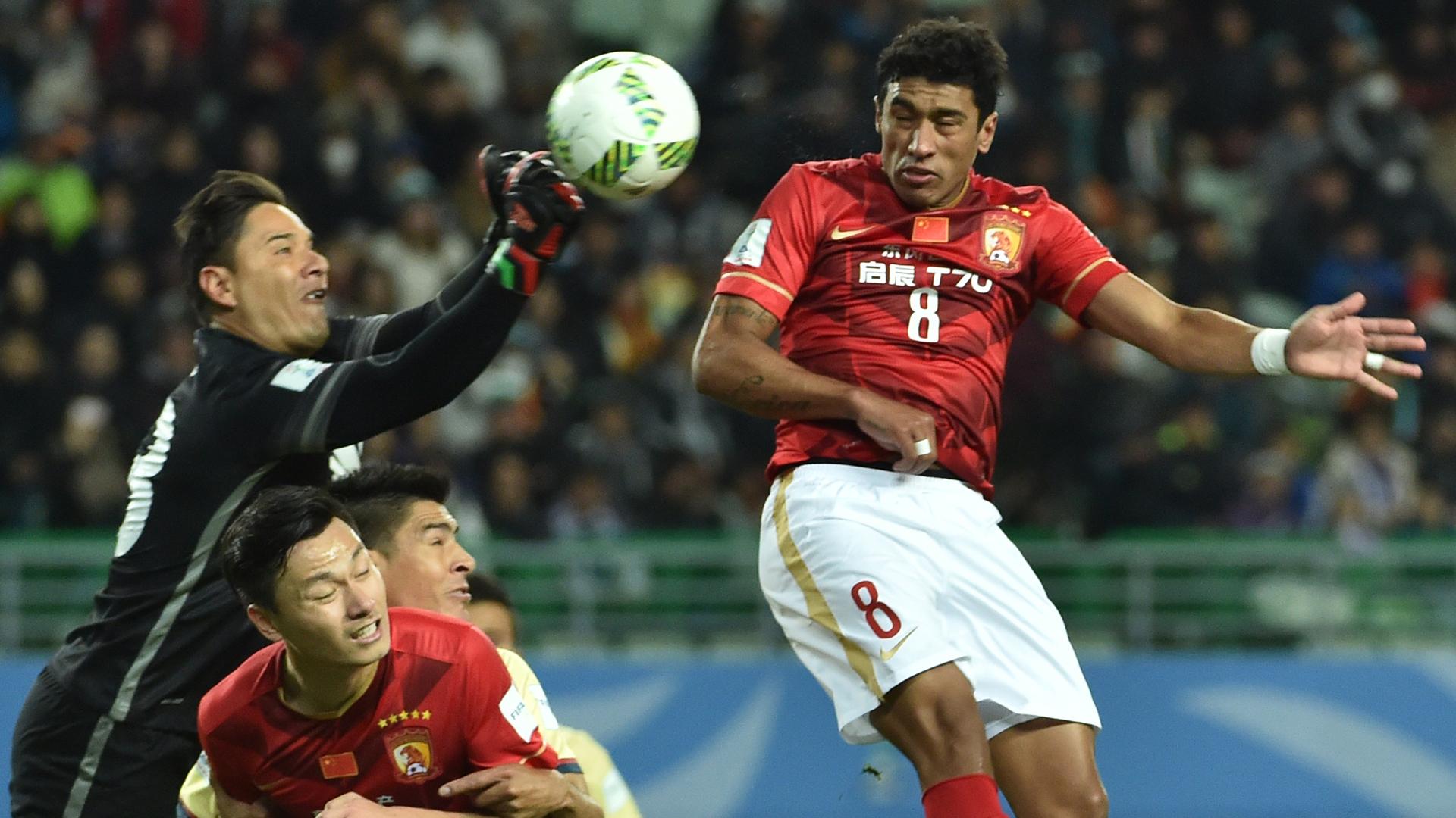 Paulinho Guangzhou x América México 13 12 15