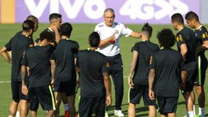Tite e jogadores Brasil treino 21032017
