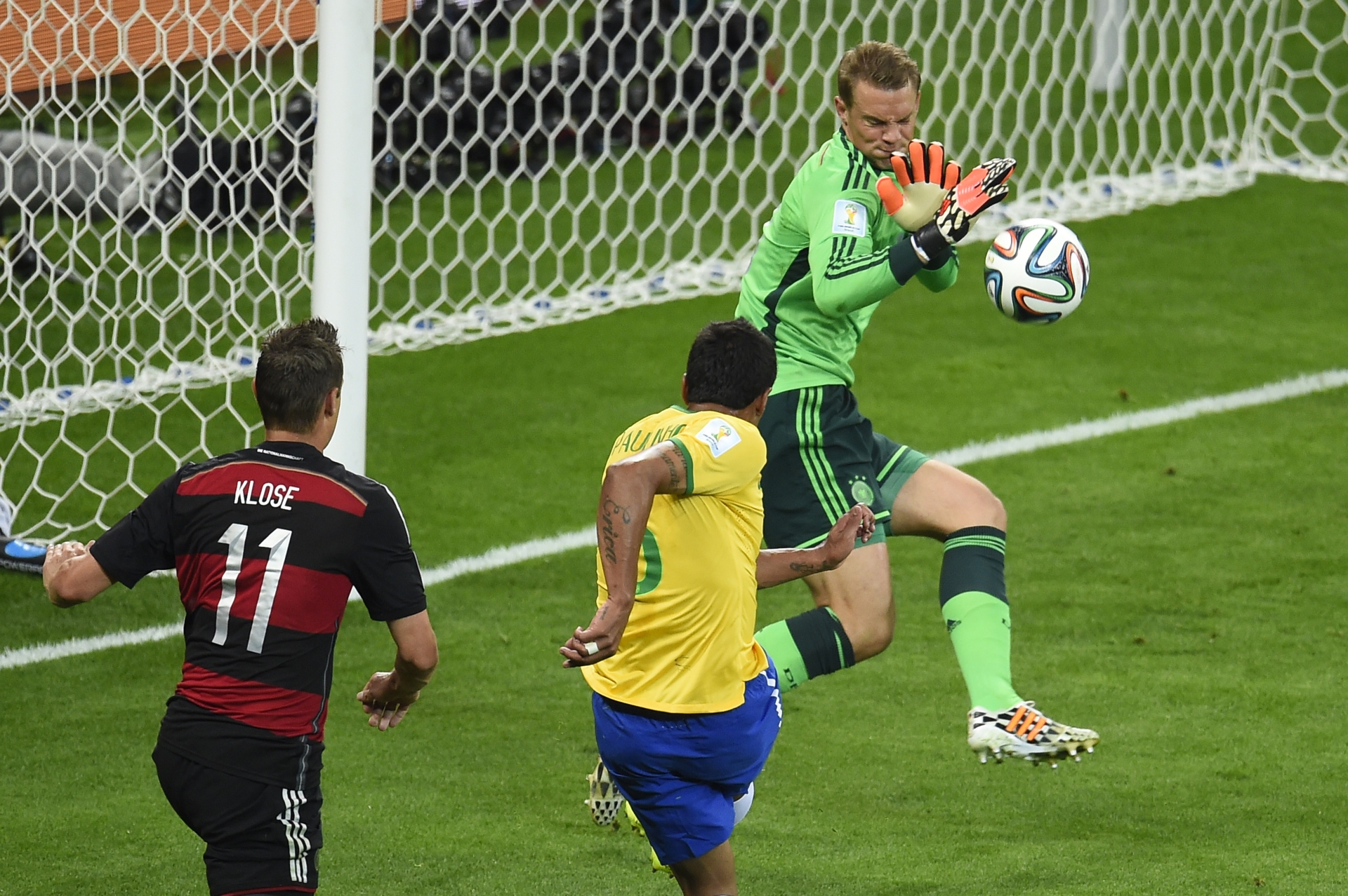 GALLERY ONLY Brazil x Germany World Cup 2014 Paulinho Neuer