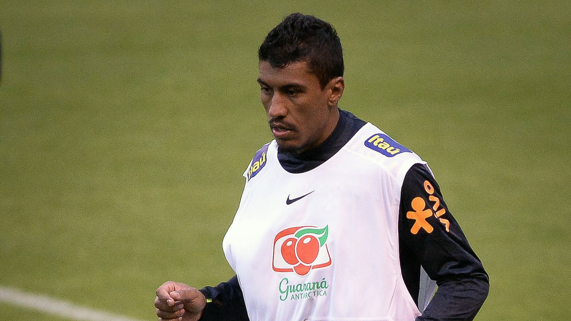 Paulinho Brazil training 29082016
