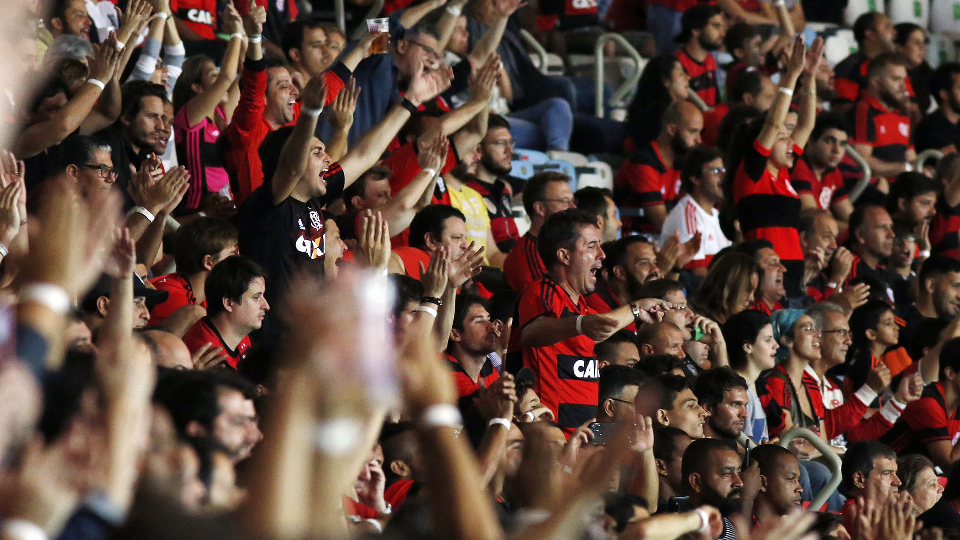 Flamengo empata com Ponte e avança para as quartas