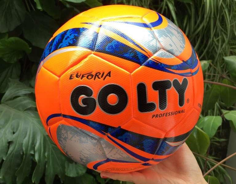 Golty presentó el nuevo balón del Fútbol Profesional Colombiano ... 3c82144ad7c26
