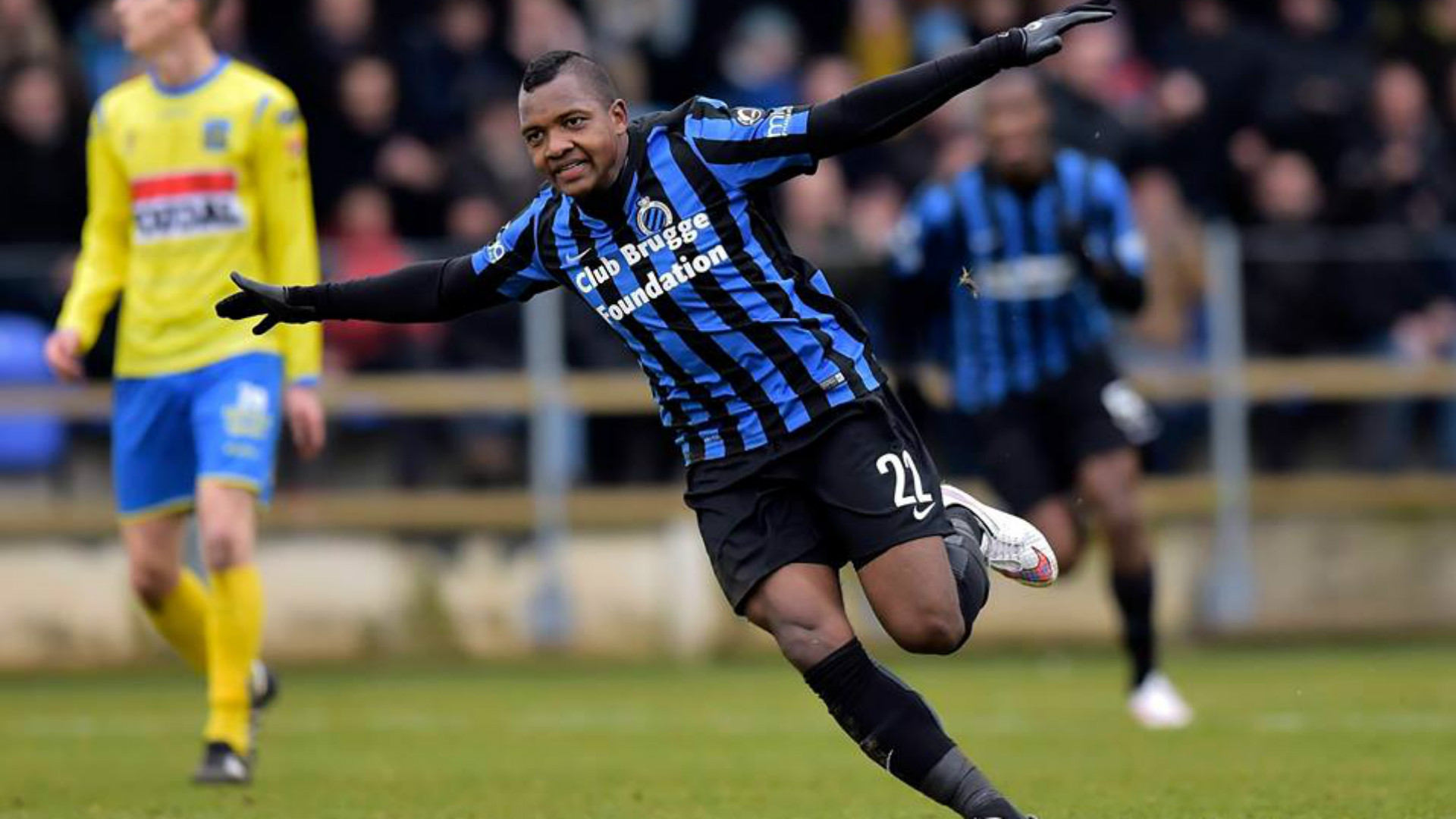 Brighton complete club record deal for Brugge forward Izquierdo