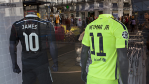 James vs Neymar (shirts)
