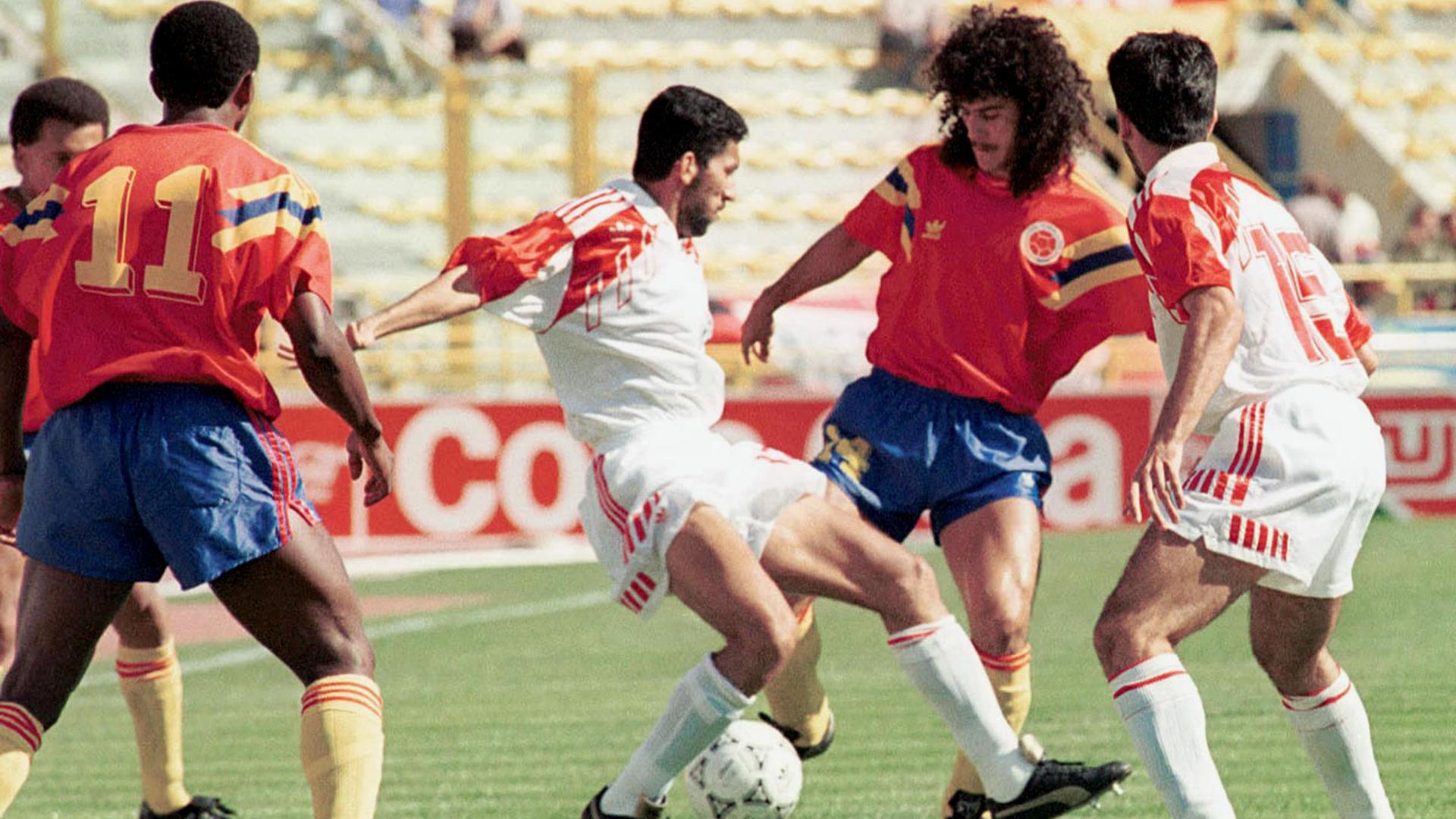 Colombia Vs Emirates 1990