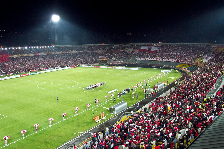 Hinchas Santa Fe - Estadio El Campín