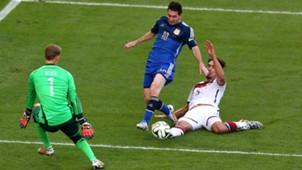 Lionel Messi Mats Hummels Manuel Neuer Argentina Germany 13072014