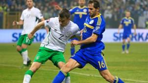 senad lulic seamus coleman - bosnia ireland - euro 2016 playoff - 13112015