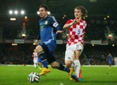 Lionel Messi Tin Jedvaj Croatia Argentina Friendly Match 12112014