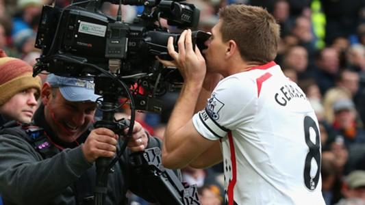 Steven Gerrard kiss camera Manchester United Liverpool