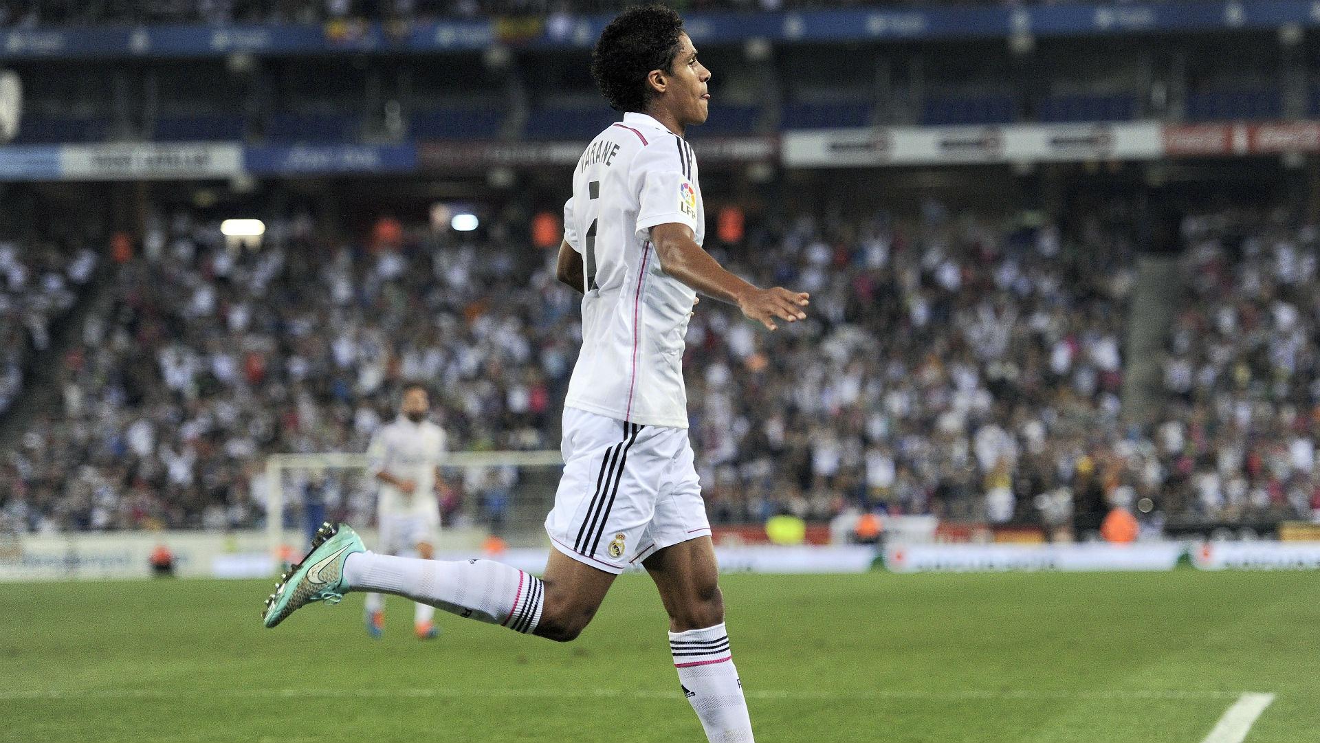 Raphaël Varane prolonge son bail chez les Merengue (Officiel) — Real Madrid