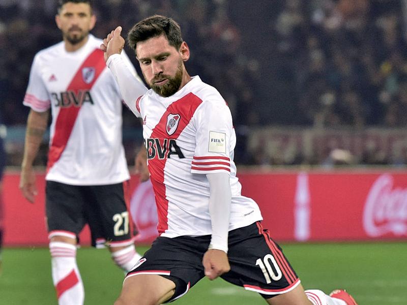 Montage GFX Messi River Plate