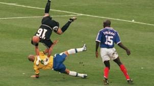 Fabien Barthez Ronaldo France Brazil World Cup 1998