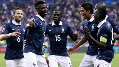 Paul Pogba Bacary Sagna France Portugal Friendly 11102014