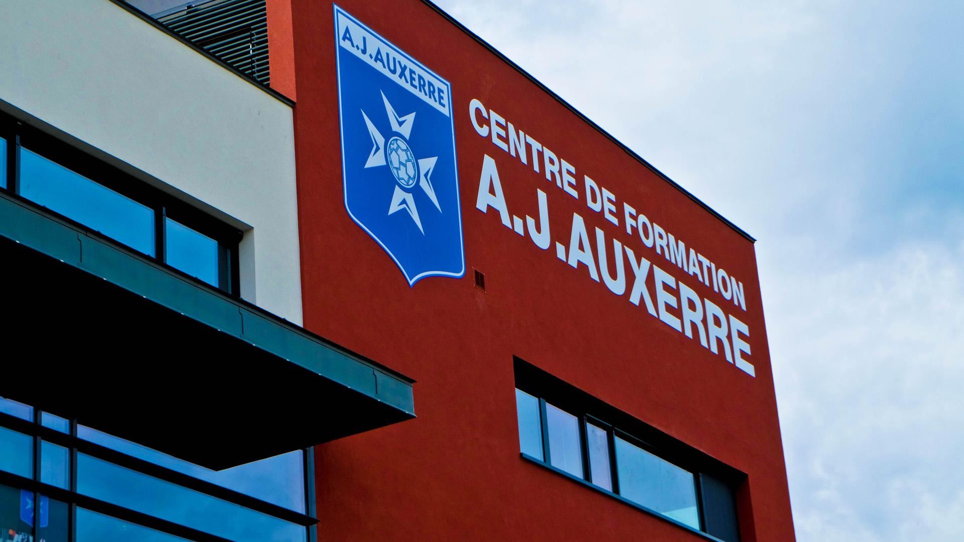 Bagarre entre coéquipiers, deux expulsés — Auxerre