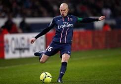 Olympique Lyonna_Christophe Jallet_ Paris Saint-Germain