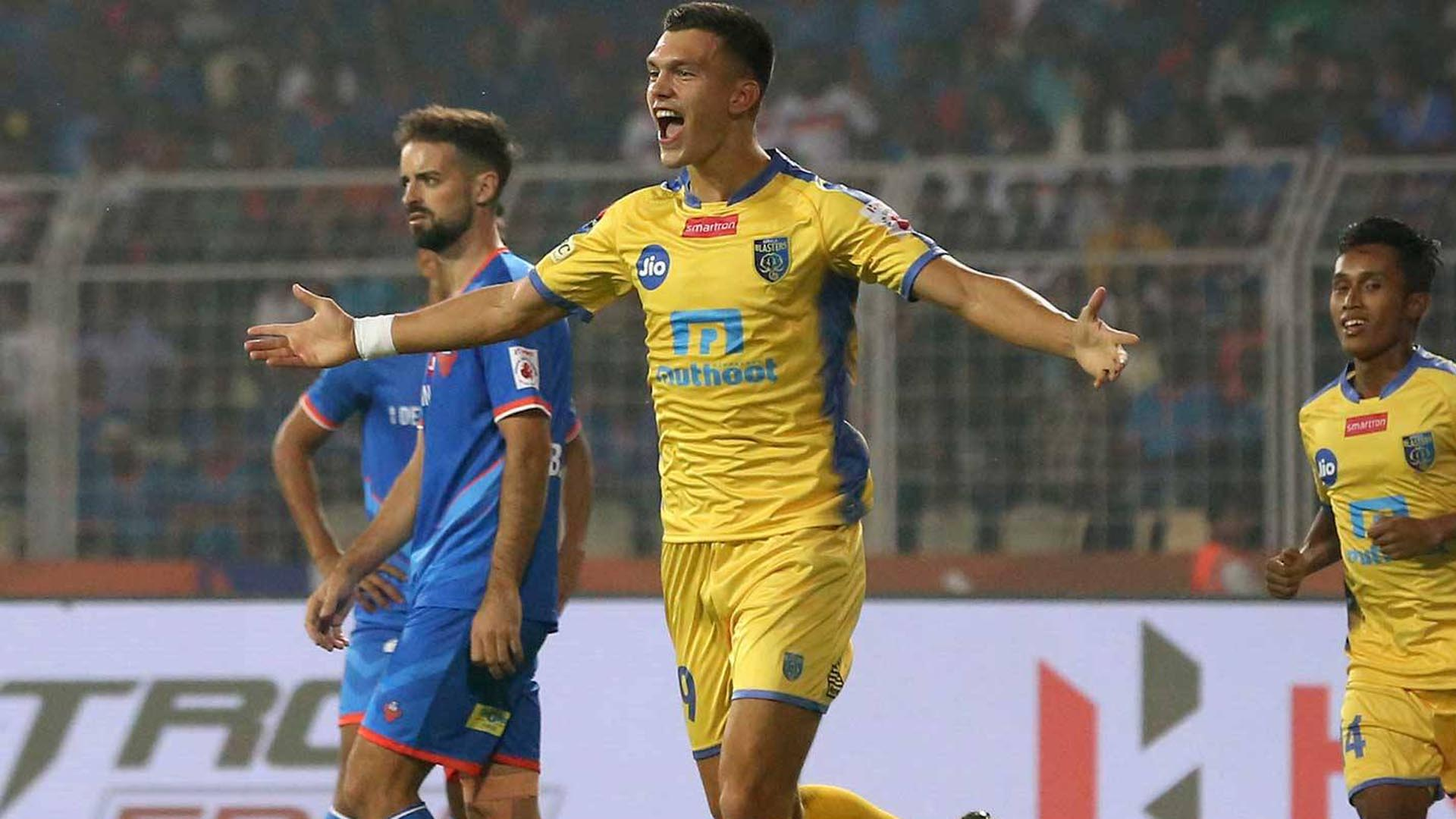 Mark Sifneos says good bye to Kerala Blasters
