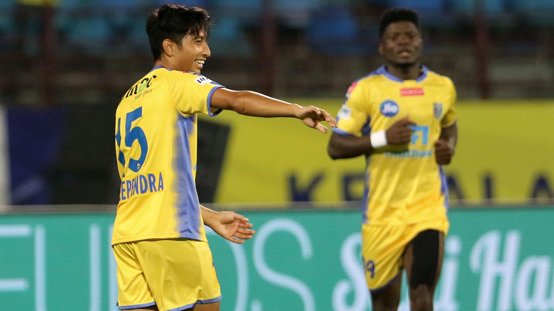Deependra Negi Kerala Blasters FC Delhi Dynamos FC ISL 4 2017/2018