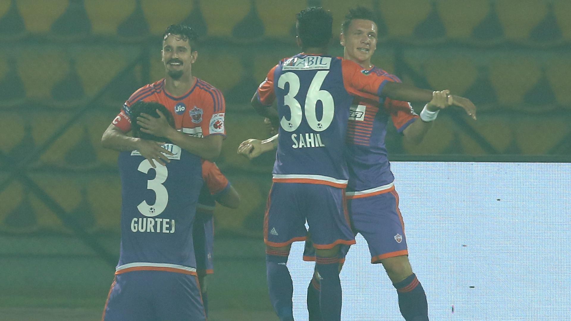 Marcelinho NorthEast United FC FC Pune City ISL 4 2017/2018