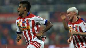 Augustine Fernandes Iain Hume Mumbai City FC Atletico de Kolkata ISL season 2