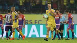 Mark Sifneos Kerala Blasters FC FC Pune City ISL 4 2017/2018
