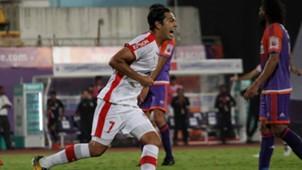 Nicolas Fedor (Miku) FC Pune City Bengaluru FC ISL 4 2017/2018