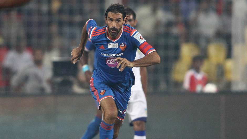 FC Goa captain Robert Pires on the attack against Chennaiyin FC during ISL match