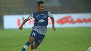 Udanta Singh NorthEast United FC Bengaluru FC ISL 4 2017/2018