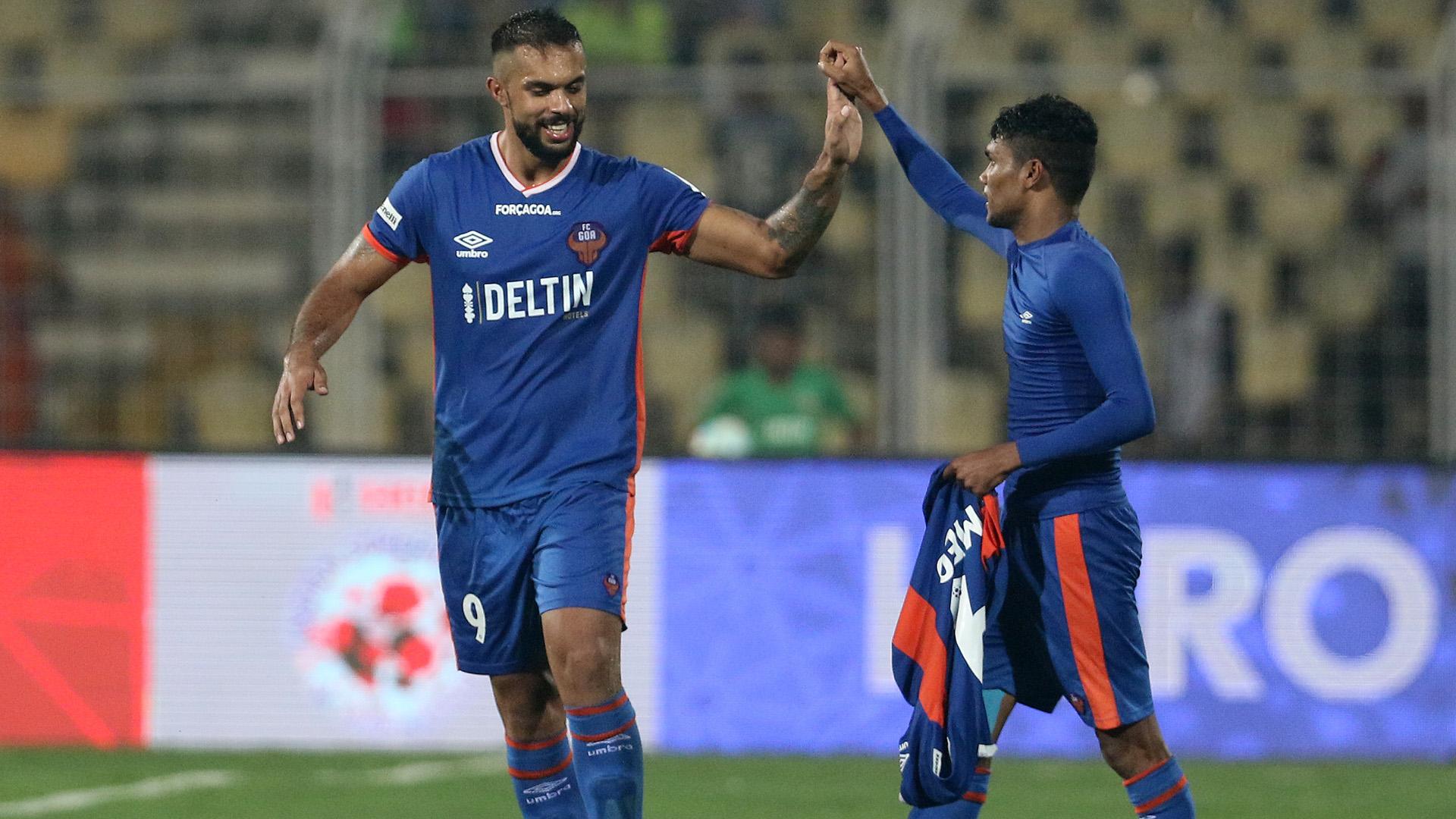 Robin Singh Romeo Fernandes FC Goa NorthEast United FC ISL season 3 2016