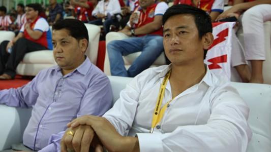 Baichung Bhutia during Atletico de Kolkata NorthEast United FC ISL season 2 match