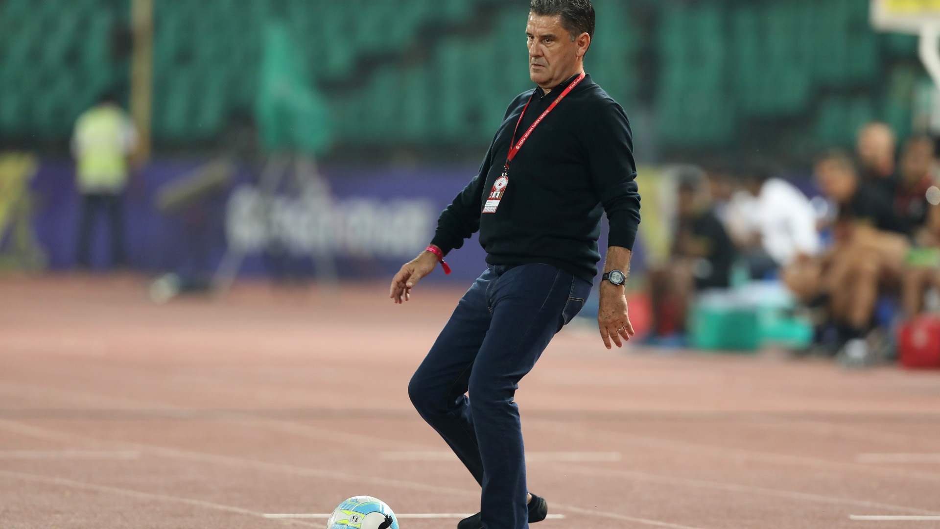 ISL 2017-18: Chennaiyin FC coach suspended for 3 matches