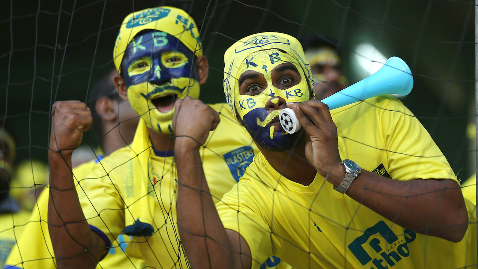 Fans during Kerala Blasters FC Delhi Dynamos FC ISL semi final season 3 2016
