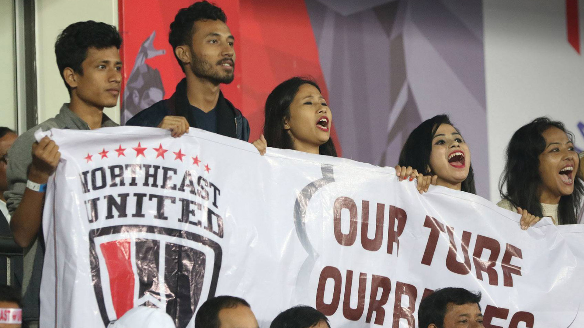 Supporters of NorthEast United FC ISL 4 2017/2018