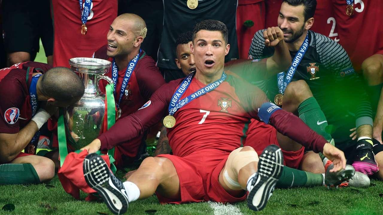 GALERI: Parade Foto Sepakbola Terbaik & Terindah 2016