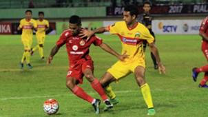 Vendry Mofu - Semen Padang & Otavio Dutra - Bhayangkara FC
