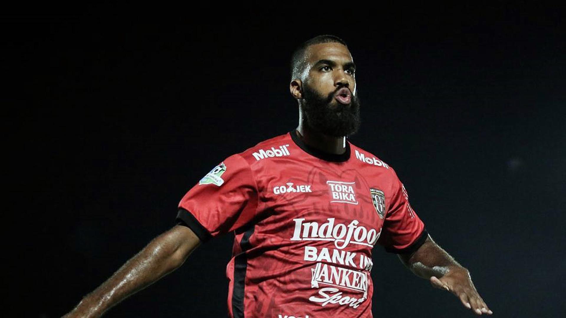 Selebrasi Sylvano Comvalius - Bali United