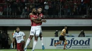 Sylvano Comvalius & Stefano Lilipaly - Bali United