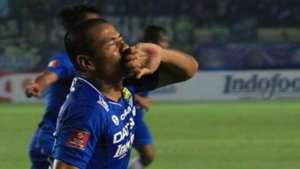 Tantan - Persib Bandung