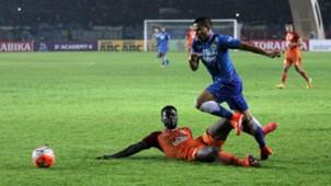 Tantan - Persib Bandung & Dirkir Glay - Pusamania Borneo FC