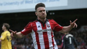 Scott Hogan Brentford 30042016