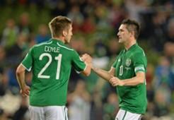 Robbie Keane Kevin Doyle Republic of Ireland 20131015