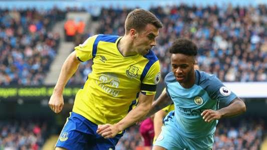 Seamus Coleman Raheem Sterling Everton Manchester City 15102016