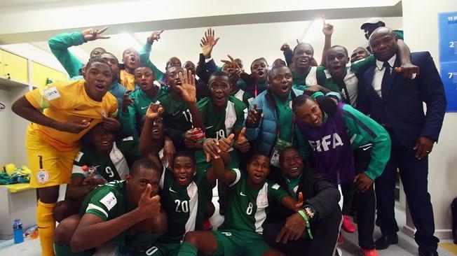 Nigeria U-17 side celebrates after reaching the final