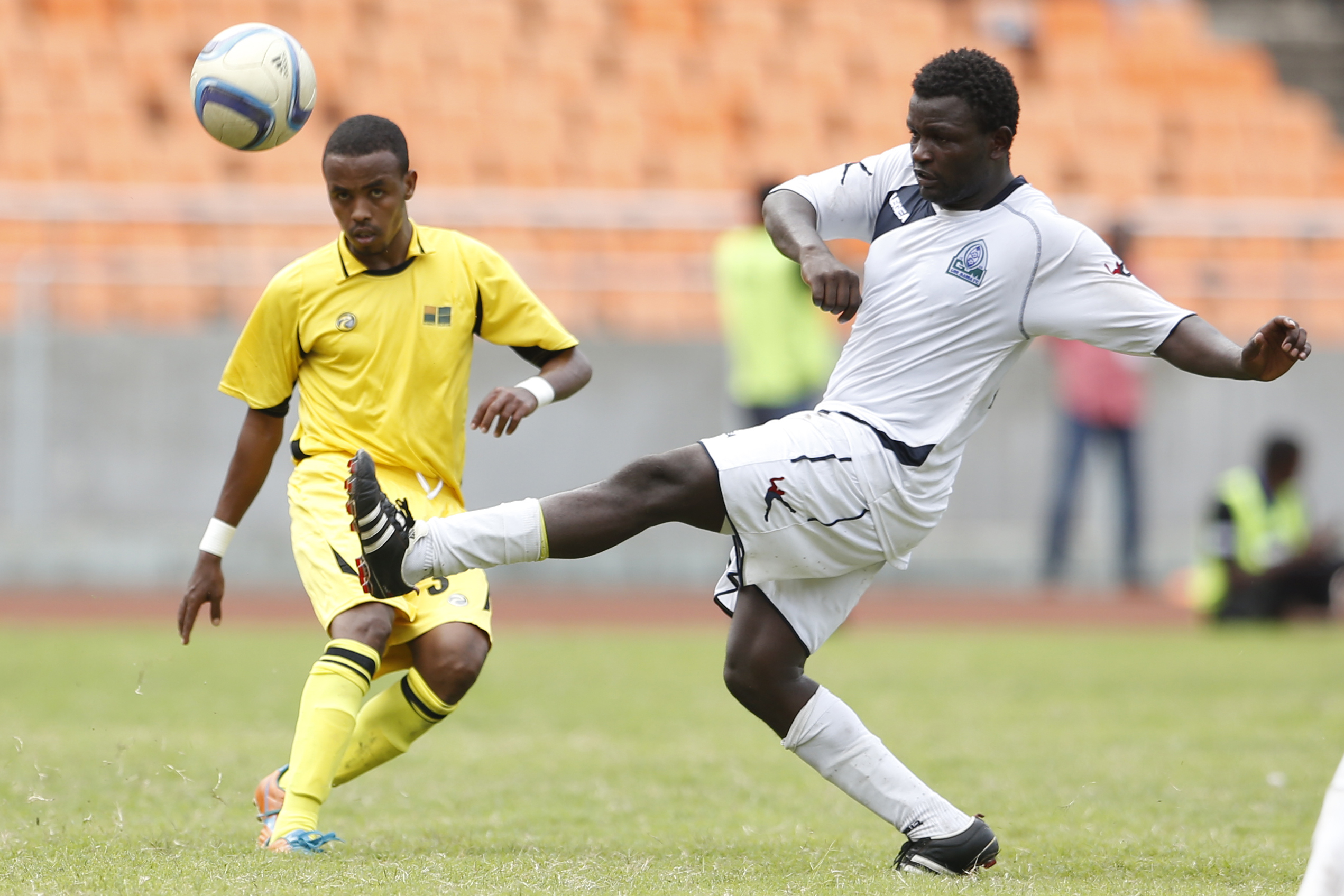 Mohamed Bouh Guedi of Telecom FC (L) vies against Enock Agwanda of Gor Mahia FC