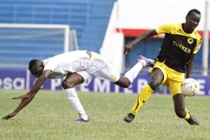 Humprey Mieno outpaces Yusuf Mohammed of Muhoroni Youth for the ball on Friday
