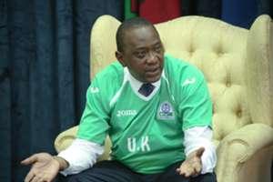 President Uhuru Kenyatta speaks to Gor Mahia players at State House