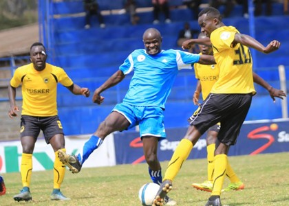Sofapaka midfielder Noah Abich stops Humphrey Mieno as the two sides battled to a 1-1 draw